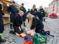 Pokaz udzielania pierwszej pomocy przedmedycznej przeprowadzała Ochotnicza Straż Pożarna z Kębłowa